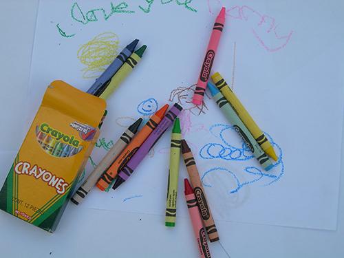 crayons crayola